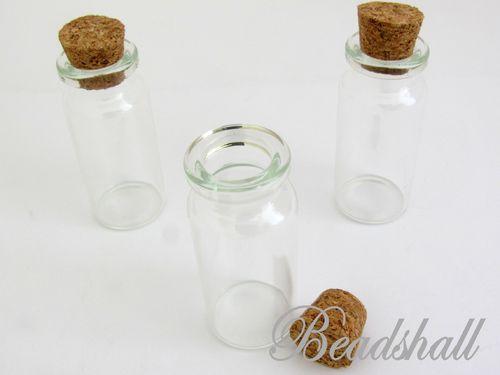 glasflaschen in verschiedenen gr en. Black Bedroom Furniture Sets. Home Design Ideas